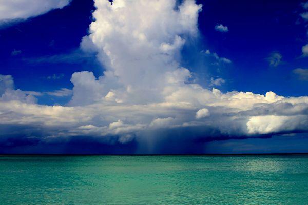 Gewitterwolken vor Cuba