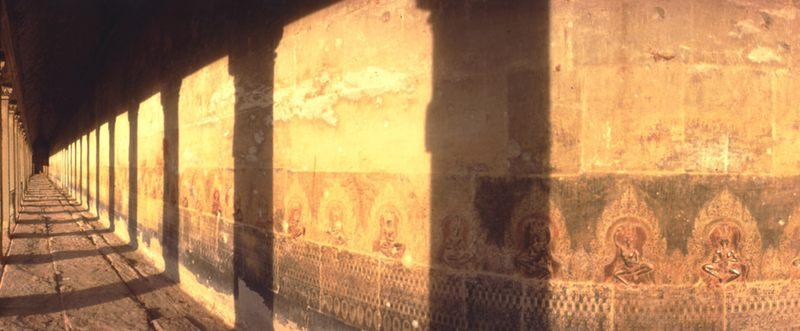 Gewölbegang in Angkor Wat
