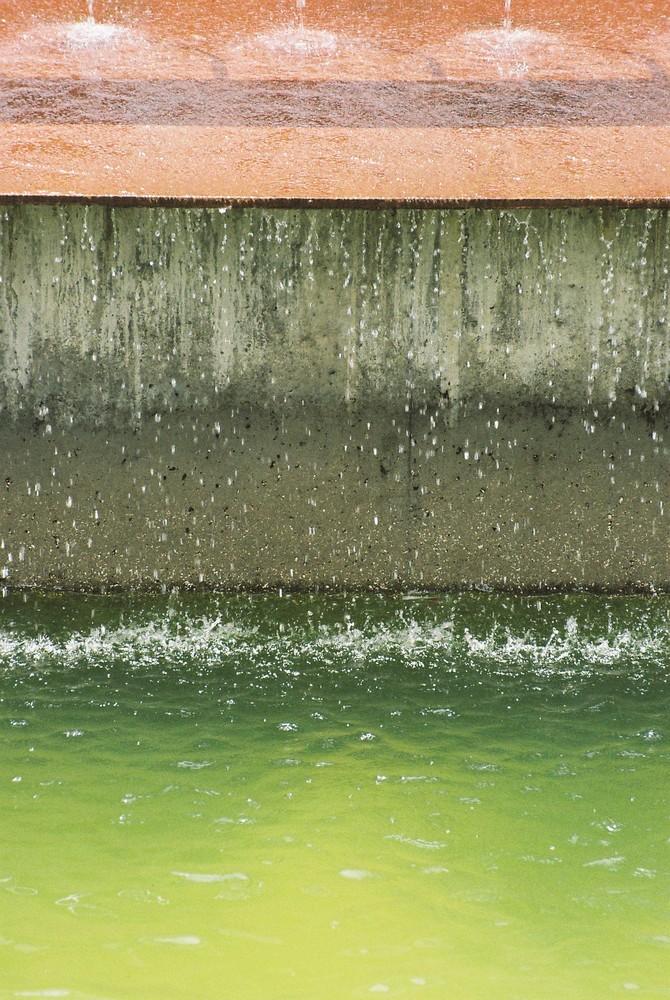 GGB komposition in grün-grau-braun