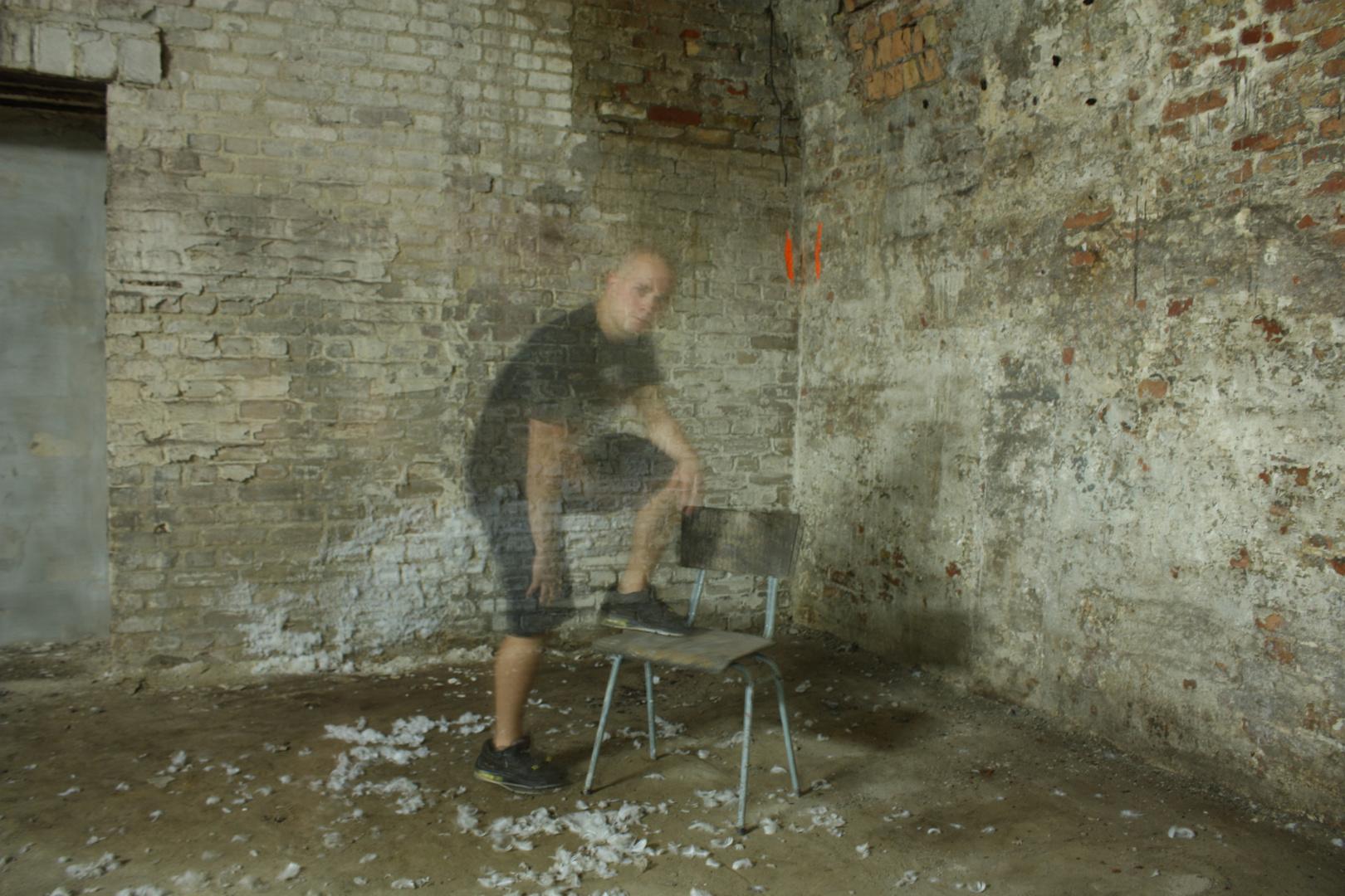 Ghost - gefangen in 4 Wänden