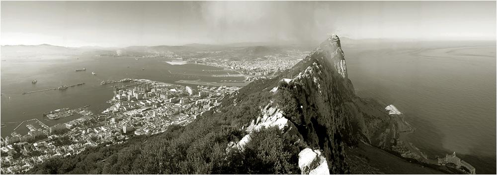 Gibraltar - Unscheinbare Festung der Superlative