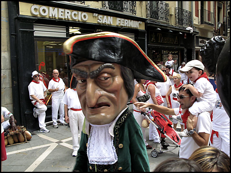 Gigantes y Cabezudos Sanfermines Pamplona