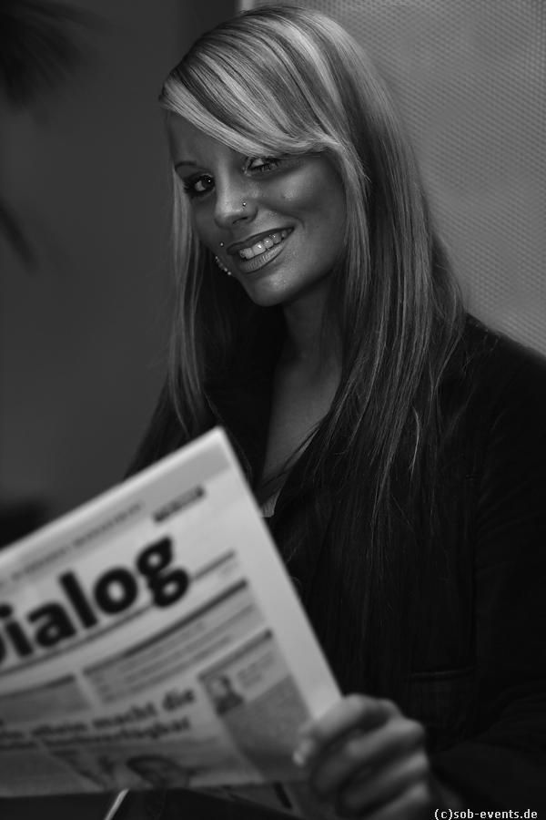 Gina-Lisa in Office II