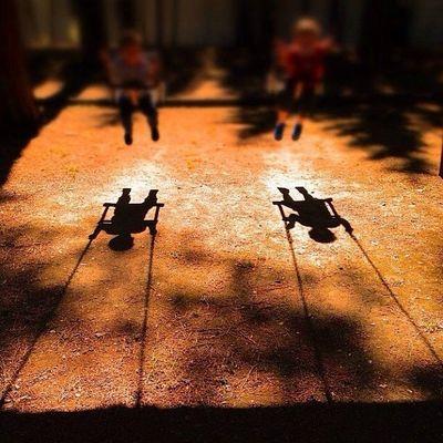 Giochi...di bimbi...di ombre...