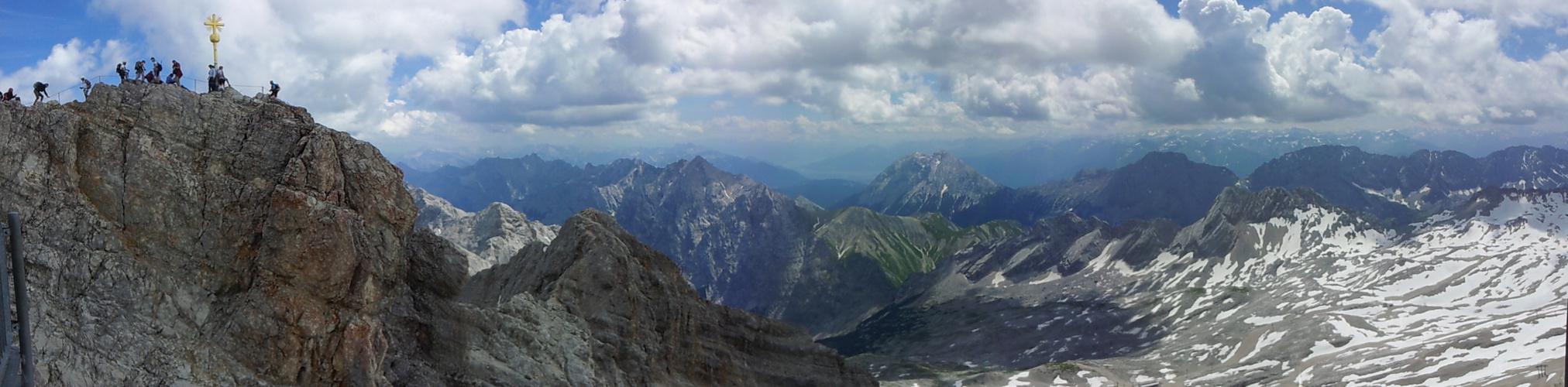 GIpfel (Zugspitze) mit Alpenpanorama1