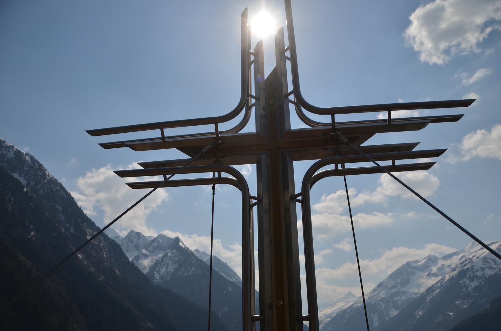 Gipfelkreuz am Klettersteig