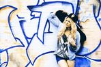 Girl and Graffiti -1