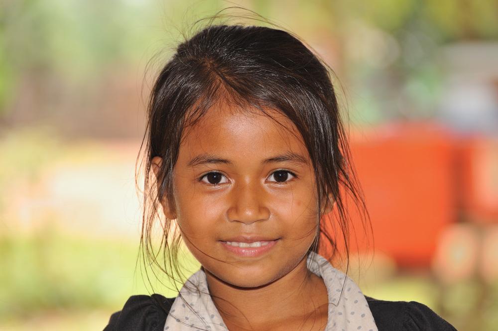 Girl from Bakong 1b