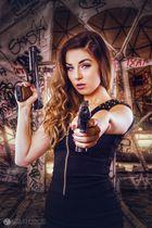 Girl & Guns
