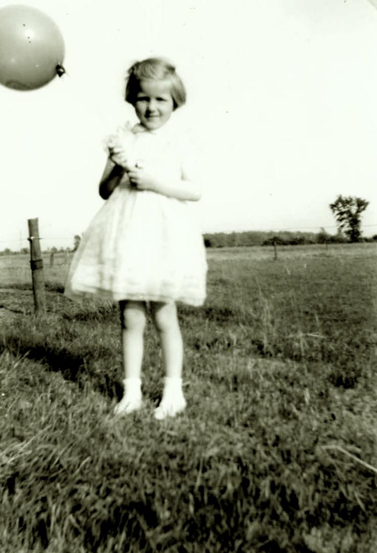 Girl with Ballon