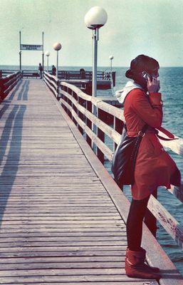 girl with sea.