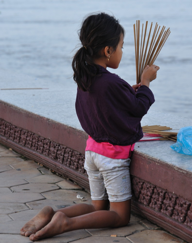 Girl with smoke sticks 1