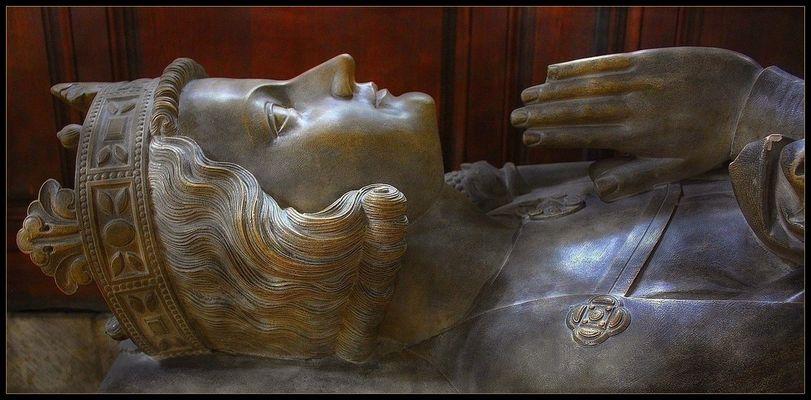 Gisant de Rollon 1er, Duc de Normandie