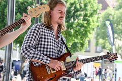 Gitarre Dawie Bosch +12 Fotos Stuttgart Jazzstadt