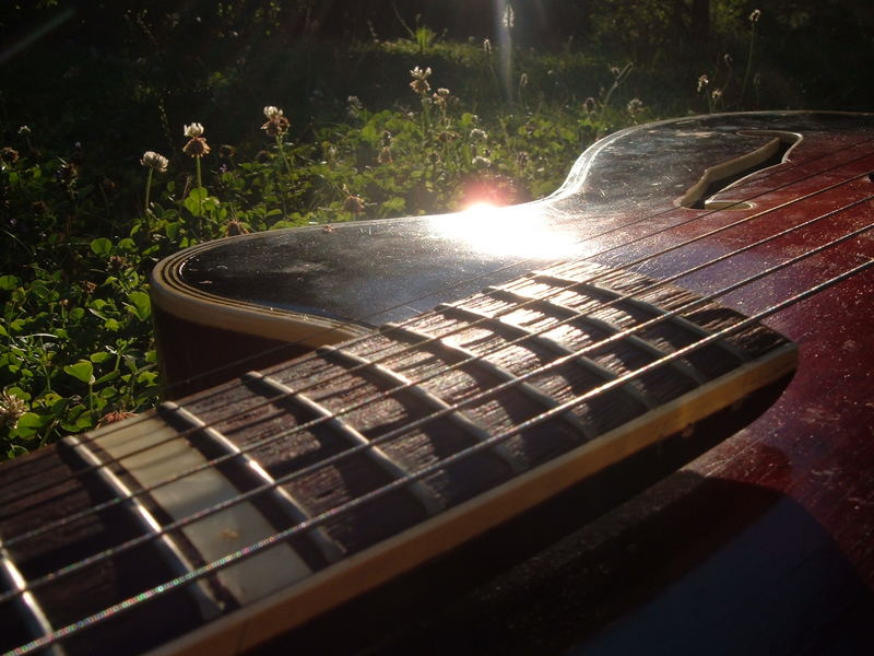 Gitarre vs. Sonne