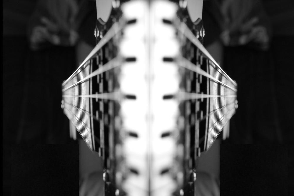 Gitarren gespiegelt
