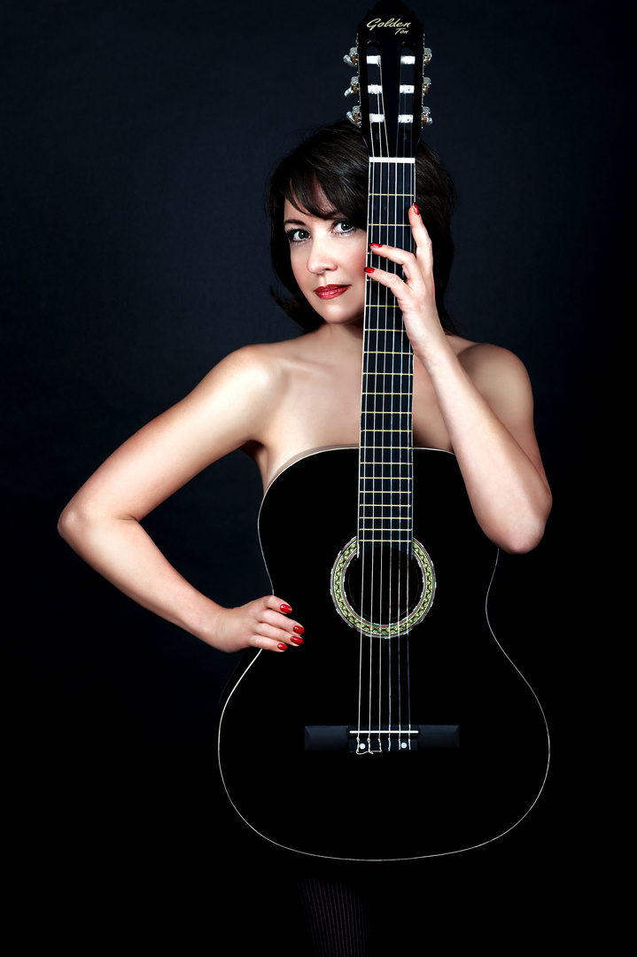 Gitarrenfrau
