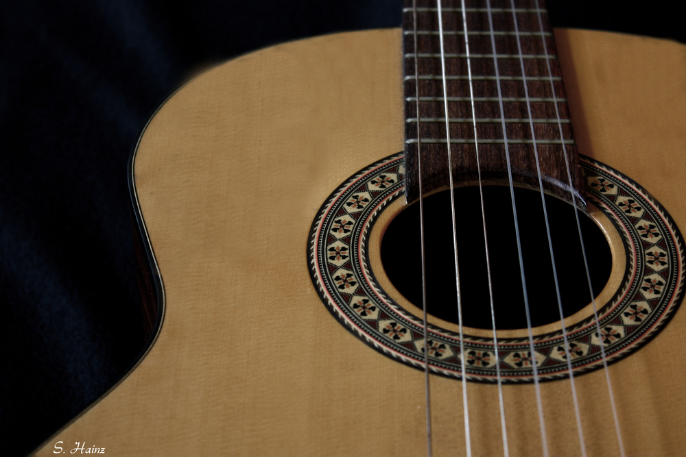Gitarrensaiten...