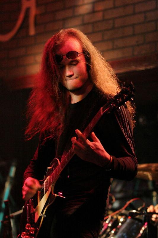 Gitarrist von Voiceless Voide