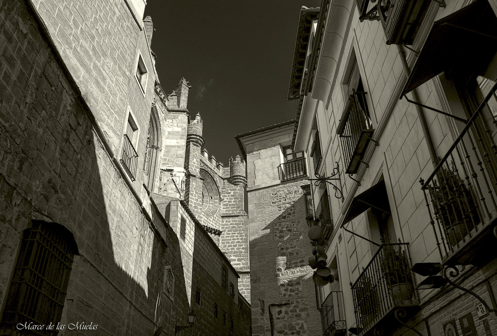GKM5...Toledo...luces y sombras...
