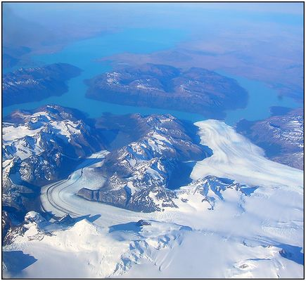 Glaciar  Perito  Moreno  y  Glaciar  Ameghino