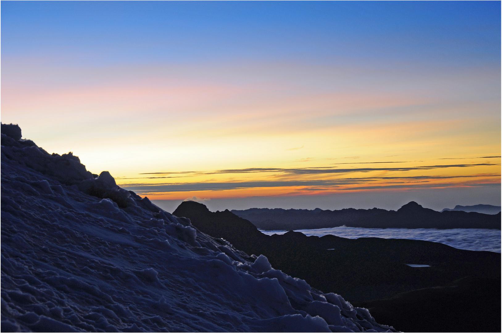 Glaciar y Salida del Sol
