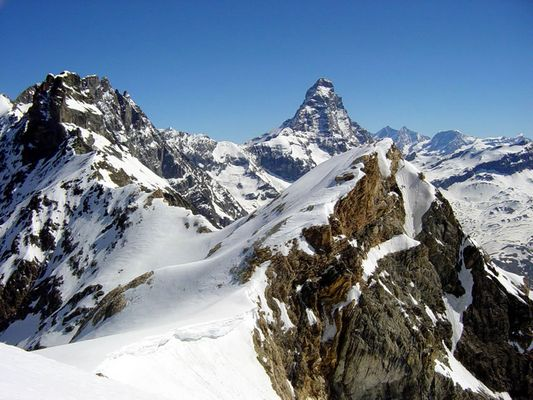 Glacier Château des Dames