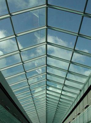 gläsernes dach