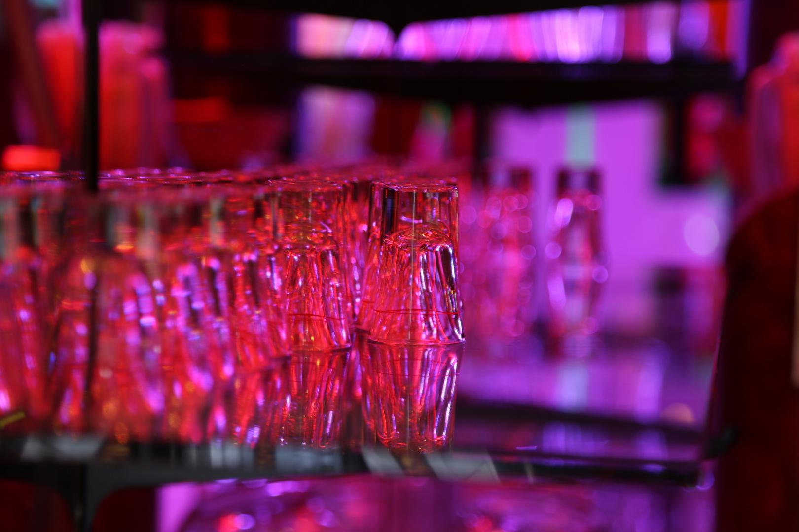 Glas und Farbenspiel