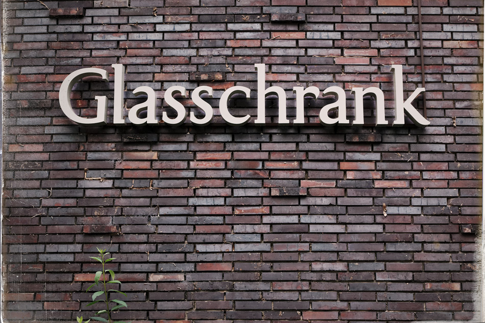 Glasschrank