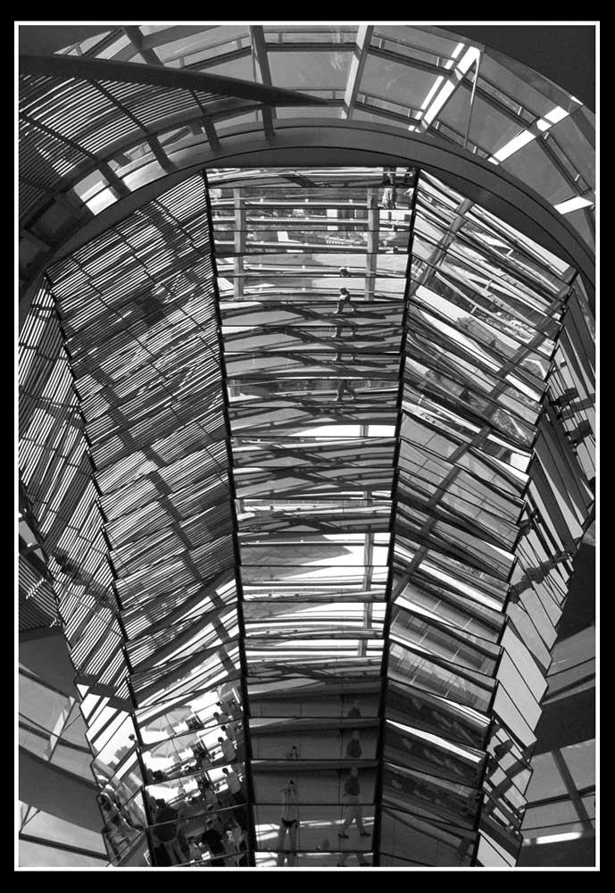 Glasspiegel im Berliner Reichstag