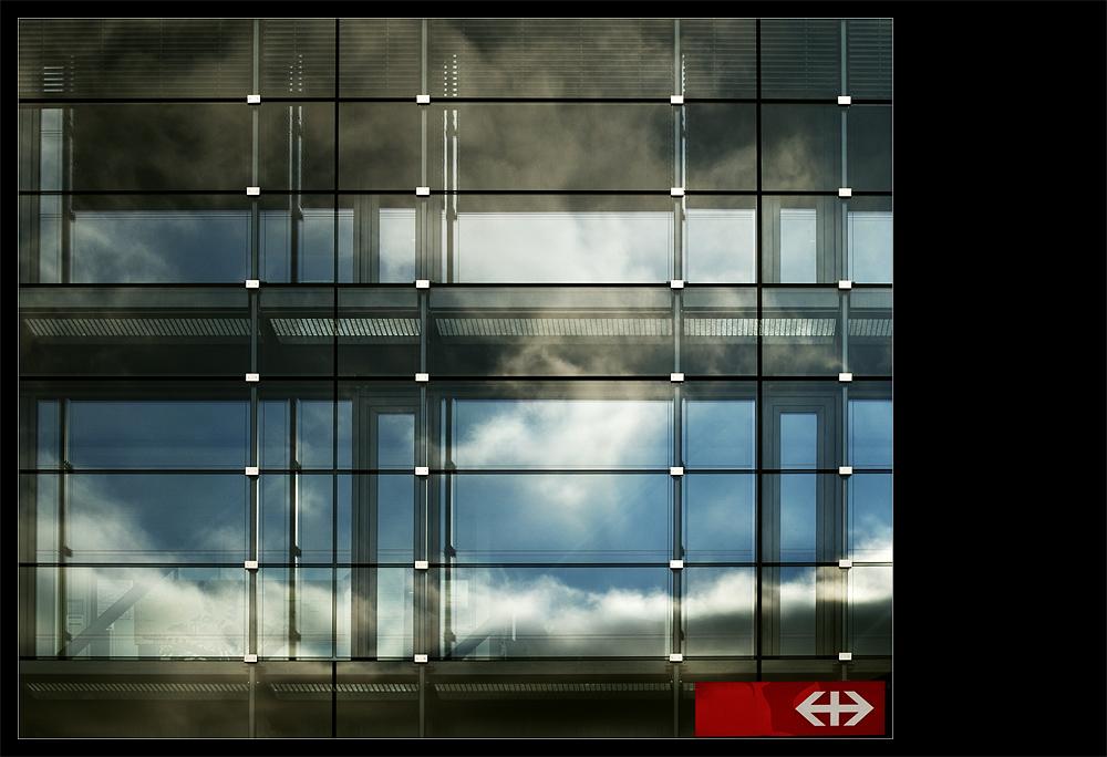 glass.station.