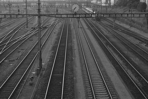 Gleise Bahnhof SBB in Basel