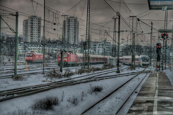 Gleisvorfeld Stuttgart Hbf, HDR, TM