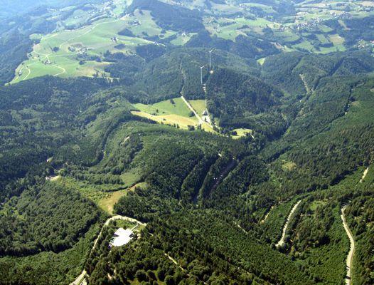 Gleitschirmflug am Schauinsland