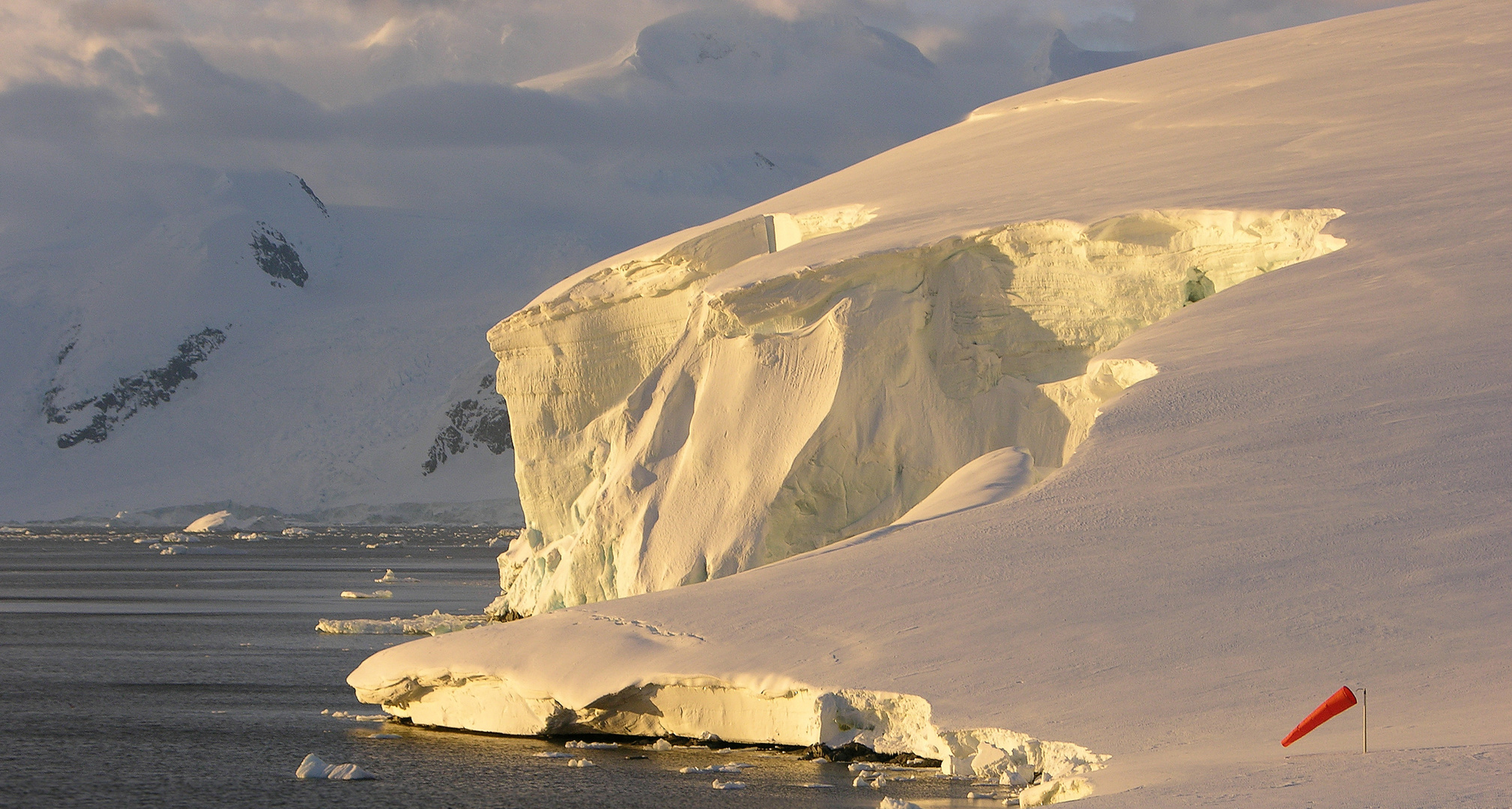 Gletscher in der Mitternachtssonne