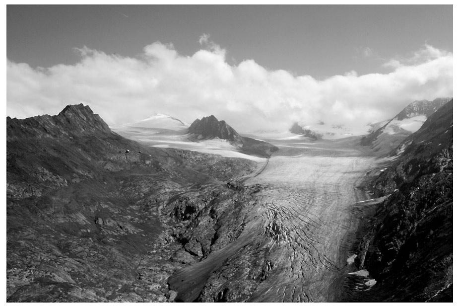 gletscher ohne skigebiet s/w