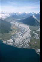 Gletscherfluss in den Lake Wakatipu