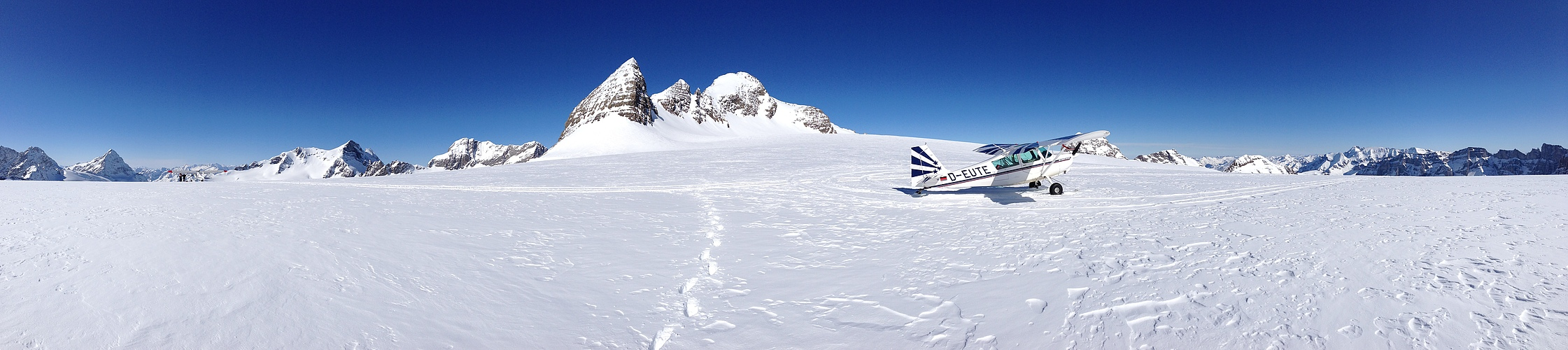 Gletscherlandung -am Hüfi - Schweiz  - D-EUTE - Johann Harlander - Arno Thurnbichler