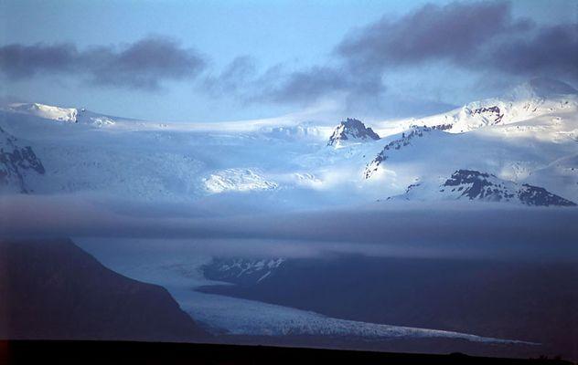Gletscherwelt des Öraefajökull am Abend
