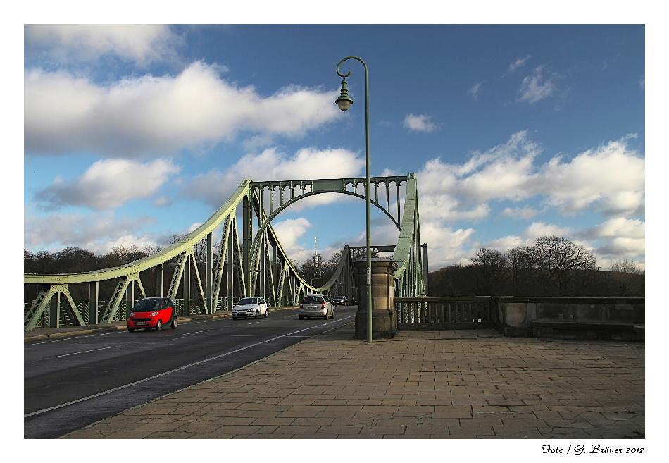 Glienicker Brücke im Januar 2012 /Bild 1