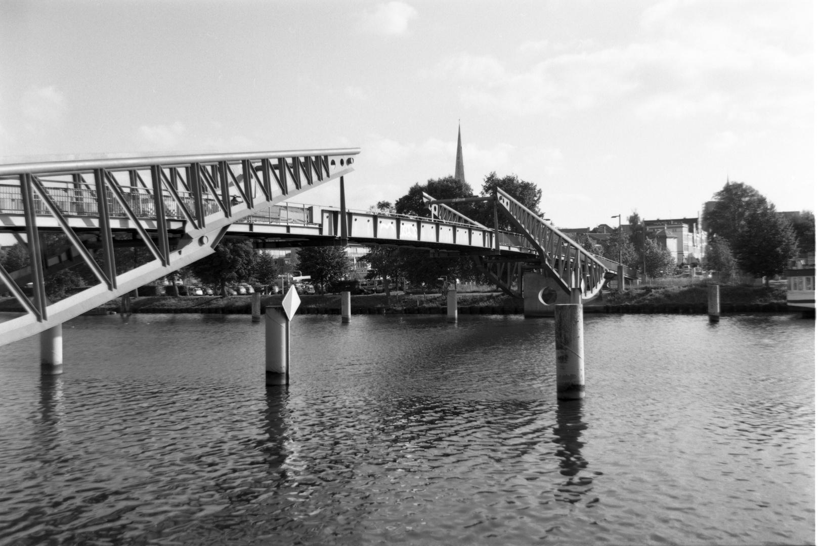 Glitzerbrücke Lübeck