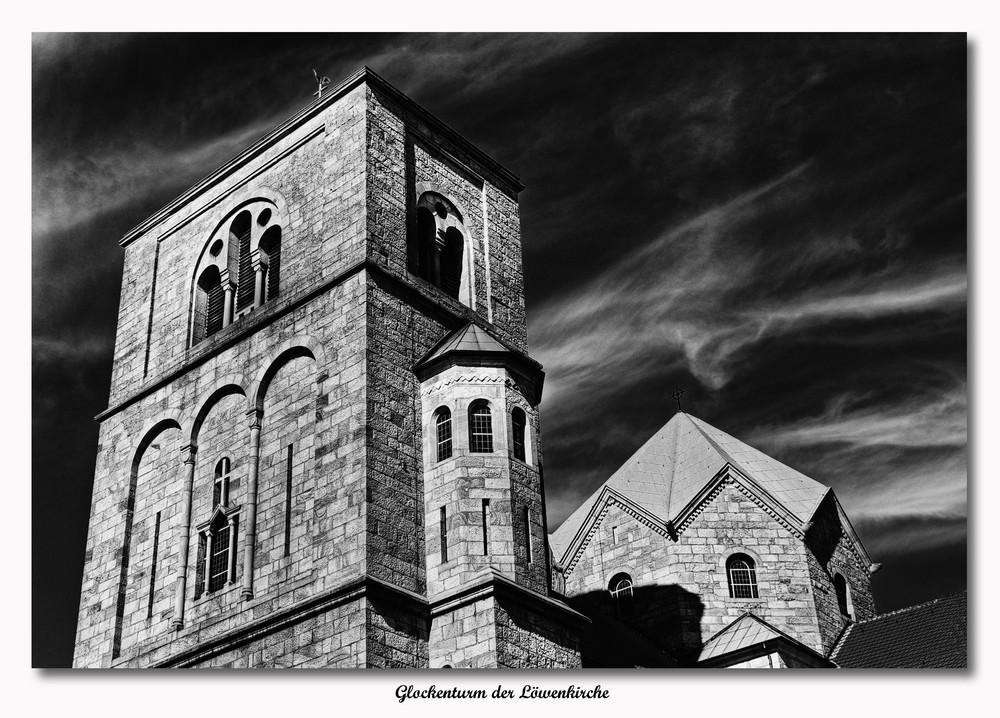 Glockenturm der Löwenkirche