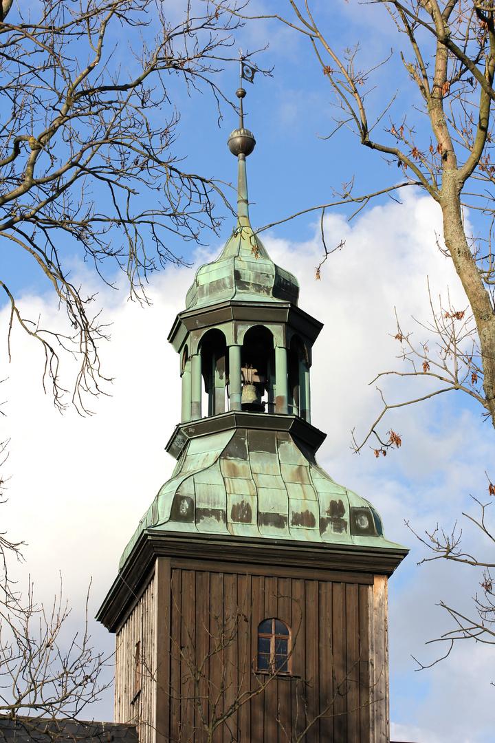 Glockenturm der Wehrkirche von Lauterbach (Erzgebirge)