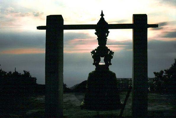 Glockenturm im Sonnenuntergang