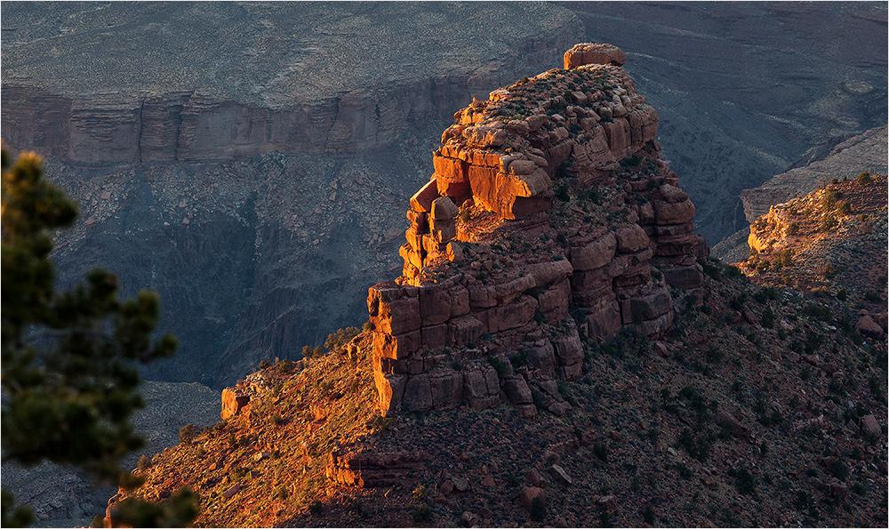 Glowing Rocks - Grand Canyon