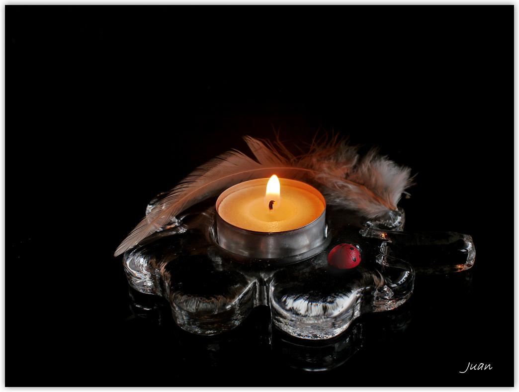 glücklich, solange noch ein Kerzchen brennt