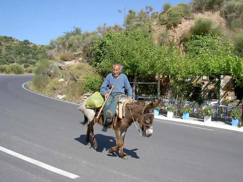 glückliche Menschen auf Kreta