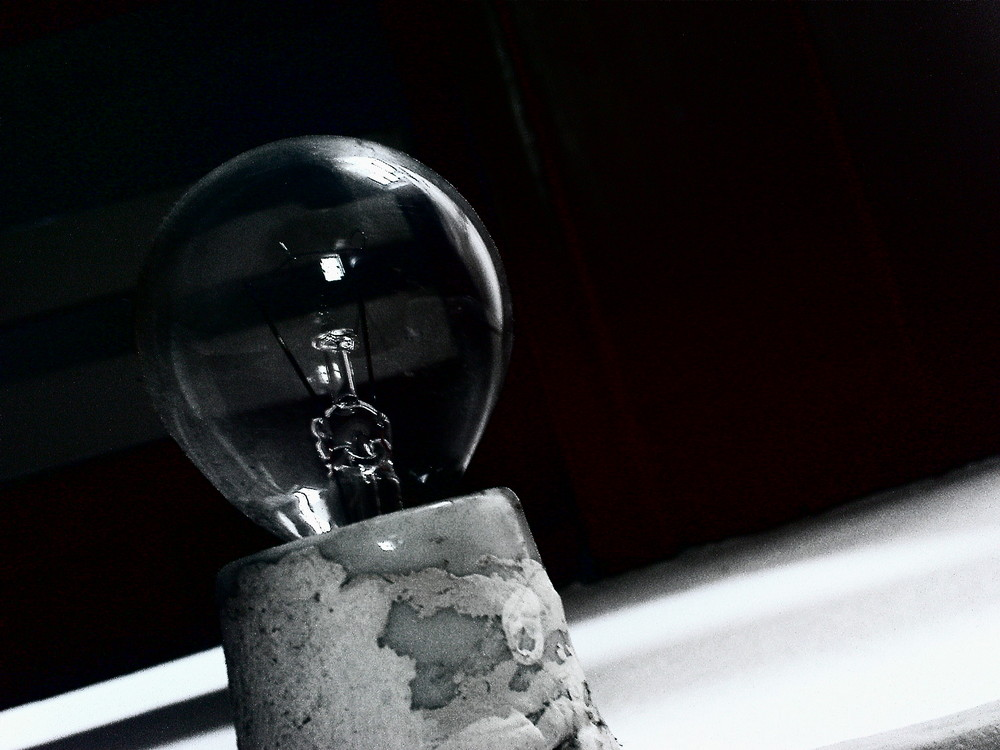 Glühbirne (unscharf)