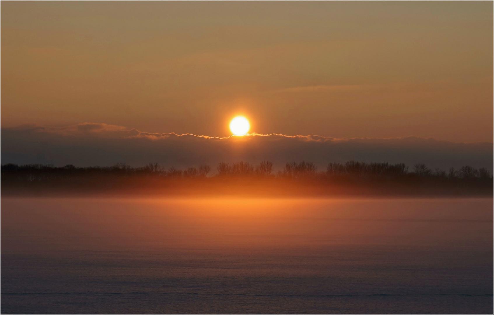 Glühende Nebel
